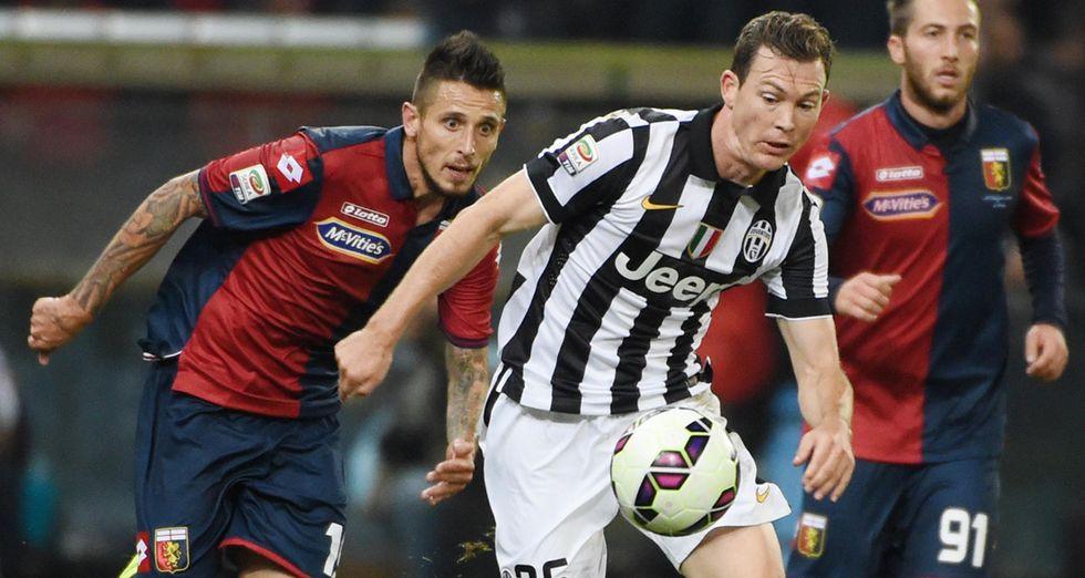 Juventus: Lichtsteiner rinnova fino al 2018