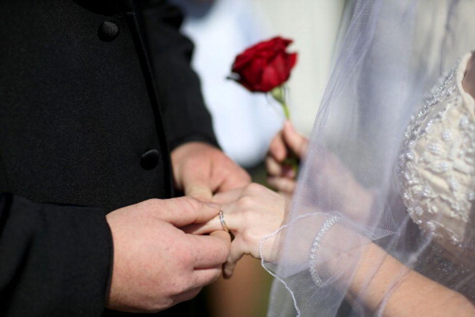 9 buoni motivi per sposarsi (oppure no) secondo Darwin