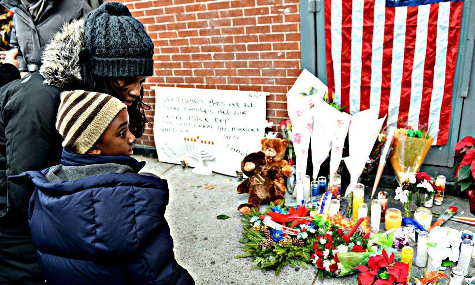 New York si interroga sulla morte dei due agenti