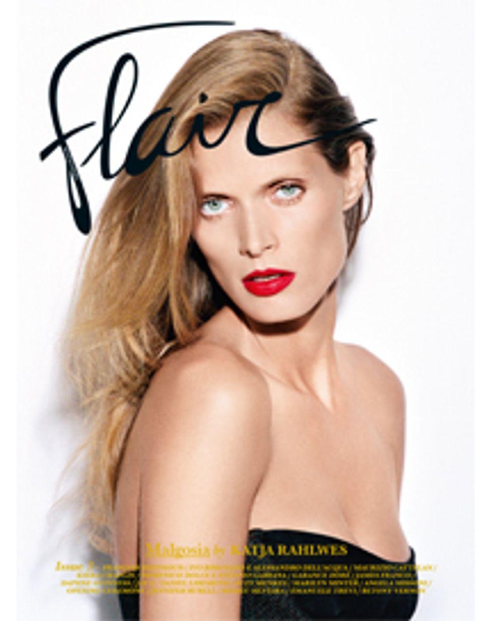 Flair, nel numero di novembre il lusso raccontato attraverso moda, musica e personaggi. Leggilo Online