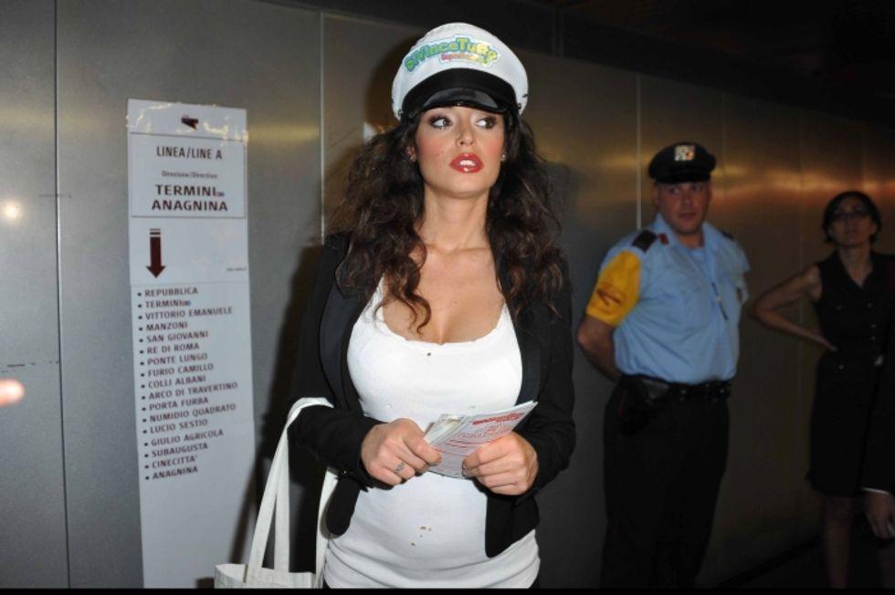Raffaella Fico aspetta una bambina