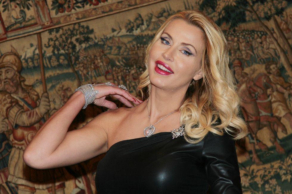 Valeria Marini: i miei sexy toys, così erotici e raffinati