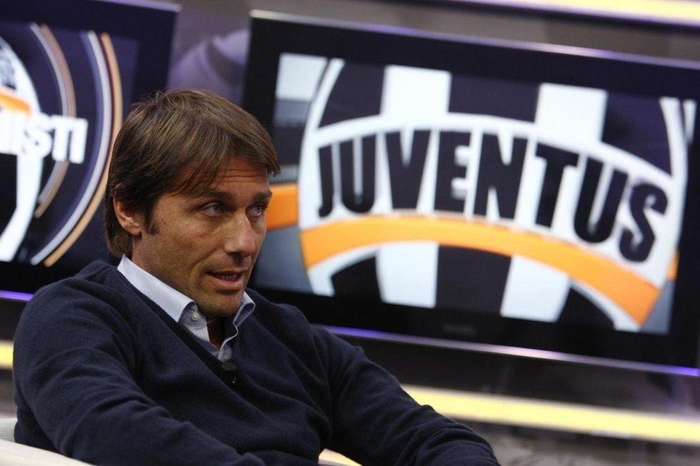 Antonio Conte patteggia e Twitter lo critica