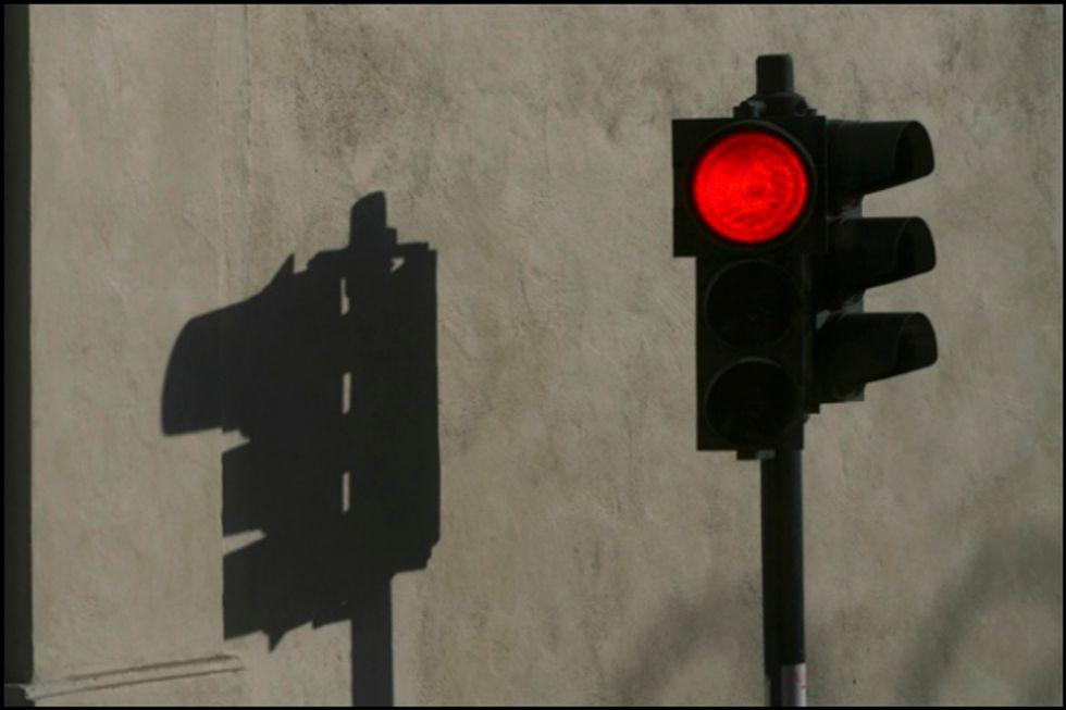 La fenomenologia del rimorchio al semaforo