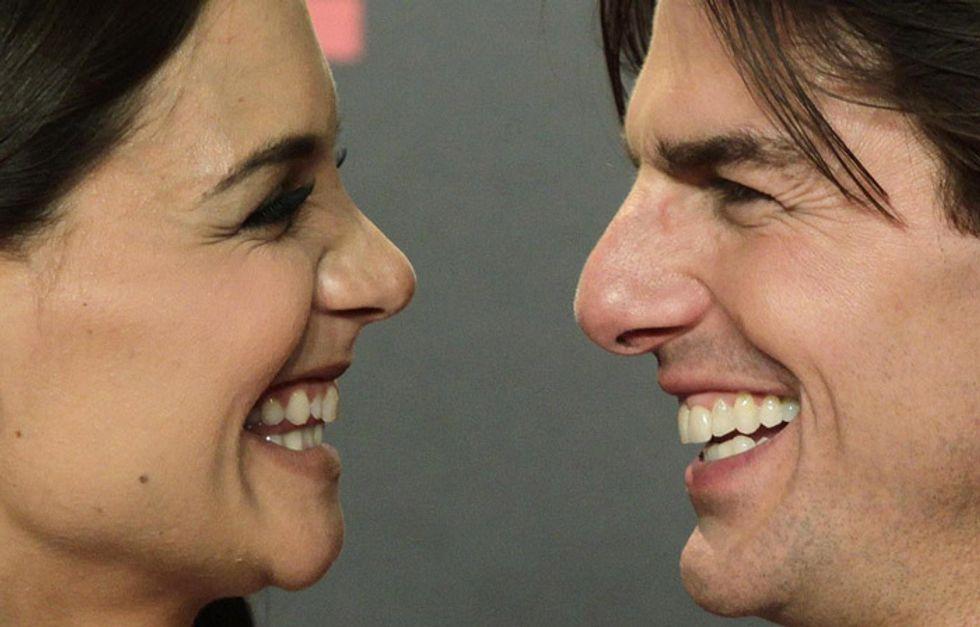 Tom Cruise e Katie Holmes: divorzio al risparmio. Lui pagherà 'solo' 33mila euro al mese per Suri