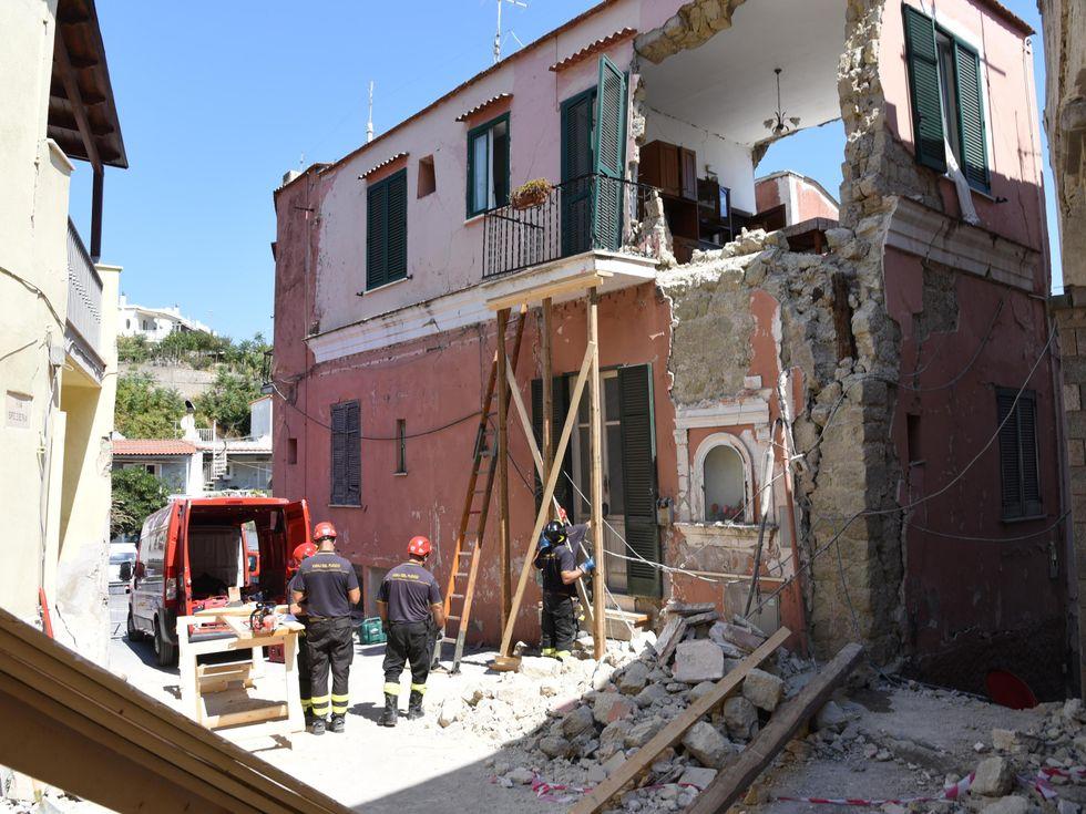 2017: Ischia dopo i crolli dovuti al terremoto