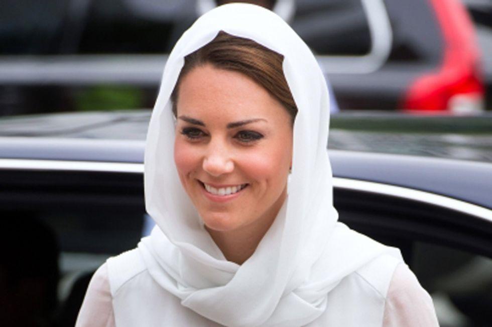 Kate Middleton, dal topless al velo