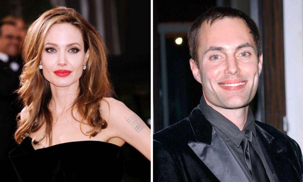 Angelina Jolie ha scelto suo fratello come damigella d'onore