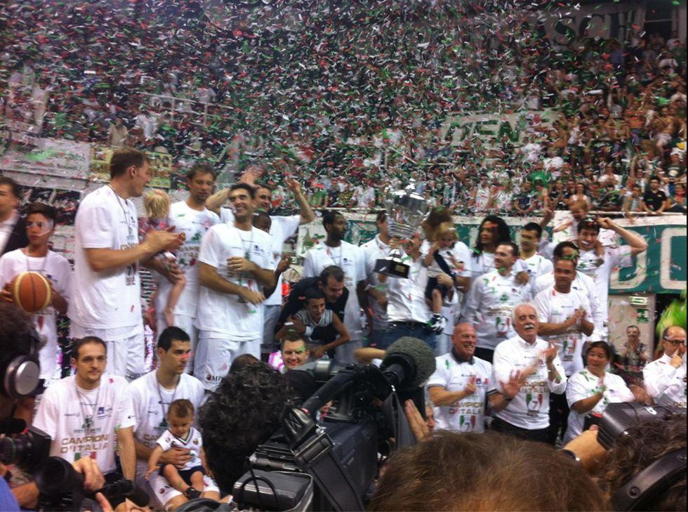 Basket. Siena record: sesto titolo di fila e supremazia netta