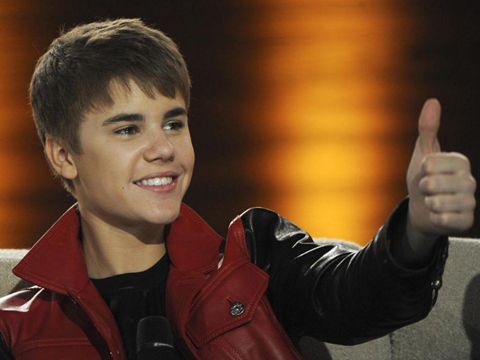 Justin Bieber nudo, oggi a mezzogiorno la verità