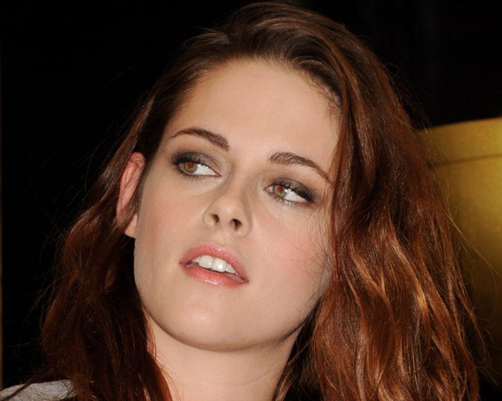 Kristen Stewart e la conferma di essere insieme a Robert Pattinson, bufala d'oltreoceano