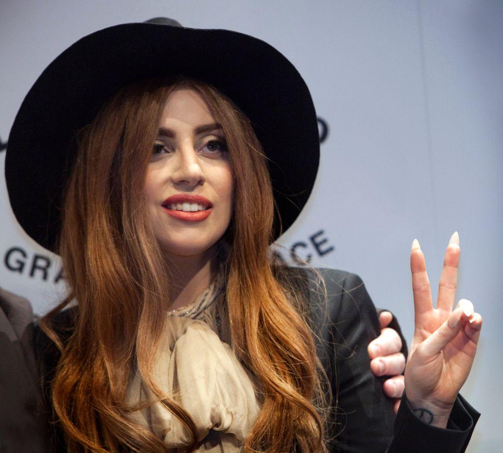 Lady Gaga si dà alla cucina (italiana). E non è l'unica