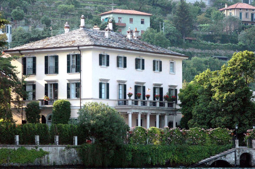 La fuga dei vip dall'Italia