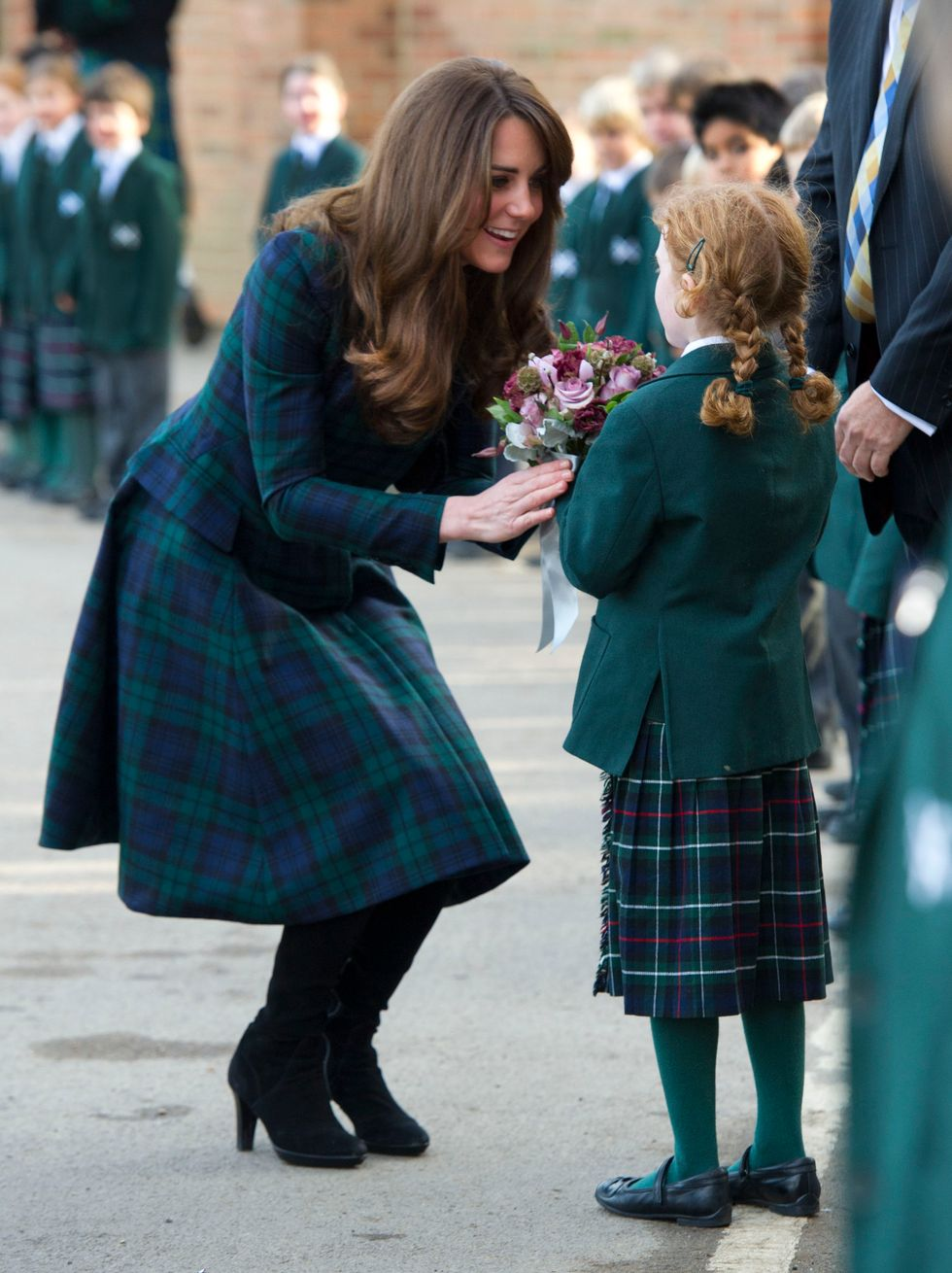 Kate incinta sta meglio e il royal baby è già un brand