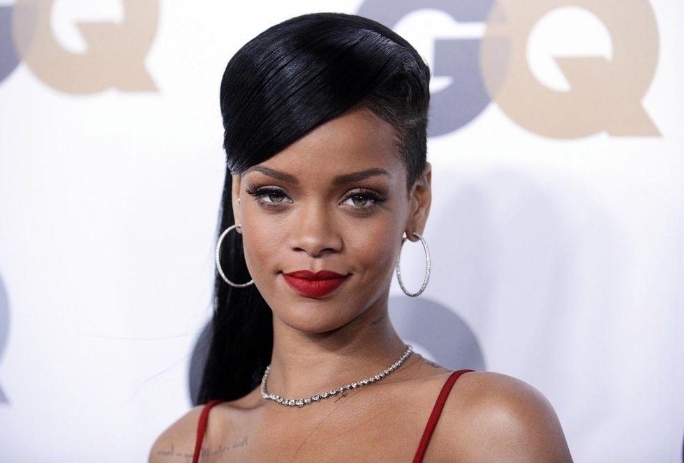 X Factor. Rihanna giudice della versione Uk?