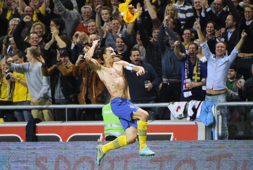 Tutti pazzi per #ibra. Rimpianto-Milan: valeva solo 20 milioni di euro?
