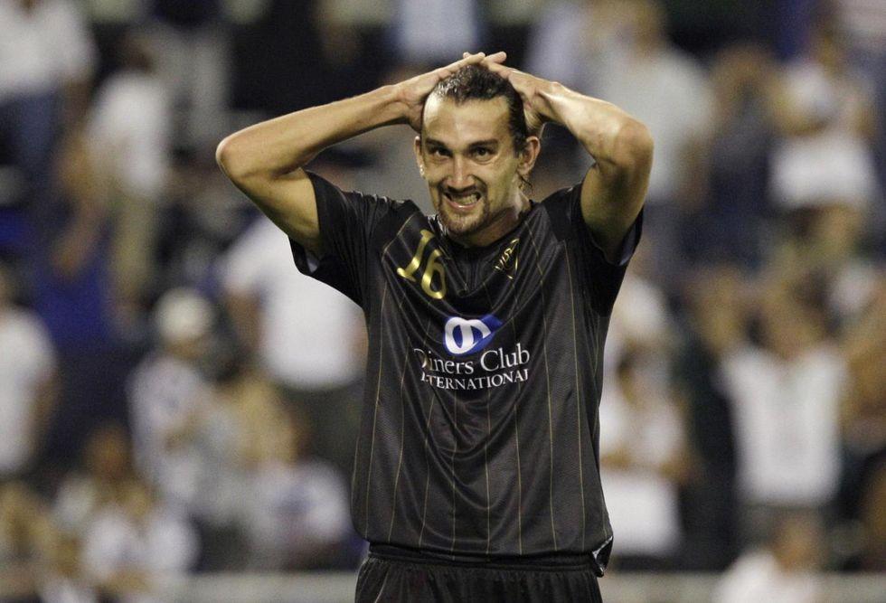"""Alla Fiorentina consiglio Barcos. Robinho andrà via, Sneijder resta"""