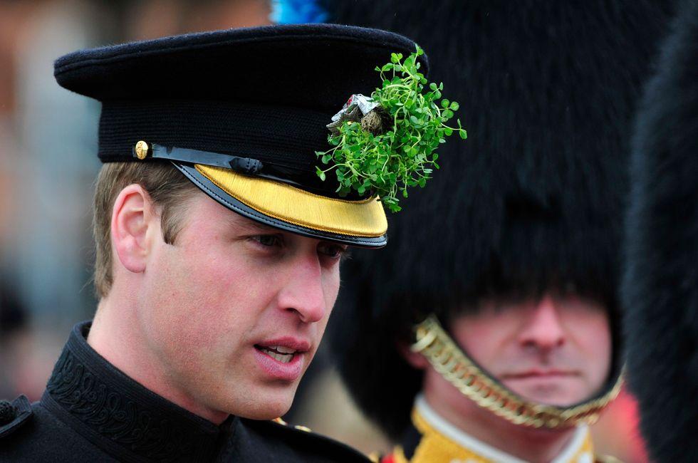 Il Principe William lascia la Raf per stare con Kate