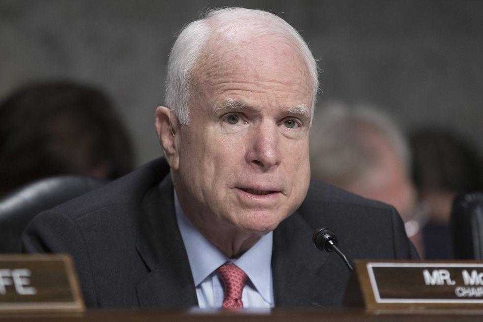 John McCain è malato: ha un grave tumore al cervello