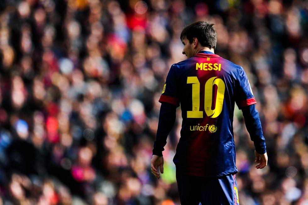 Gabbia o uomo? Ma Messi contro di noi...
