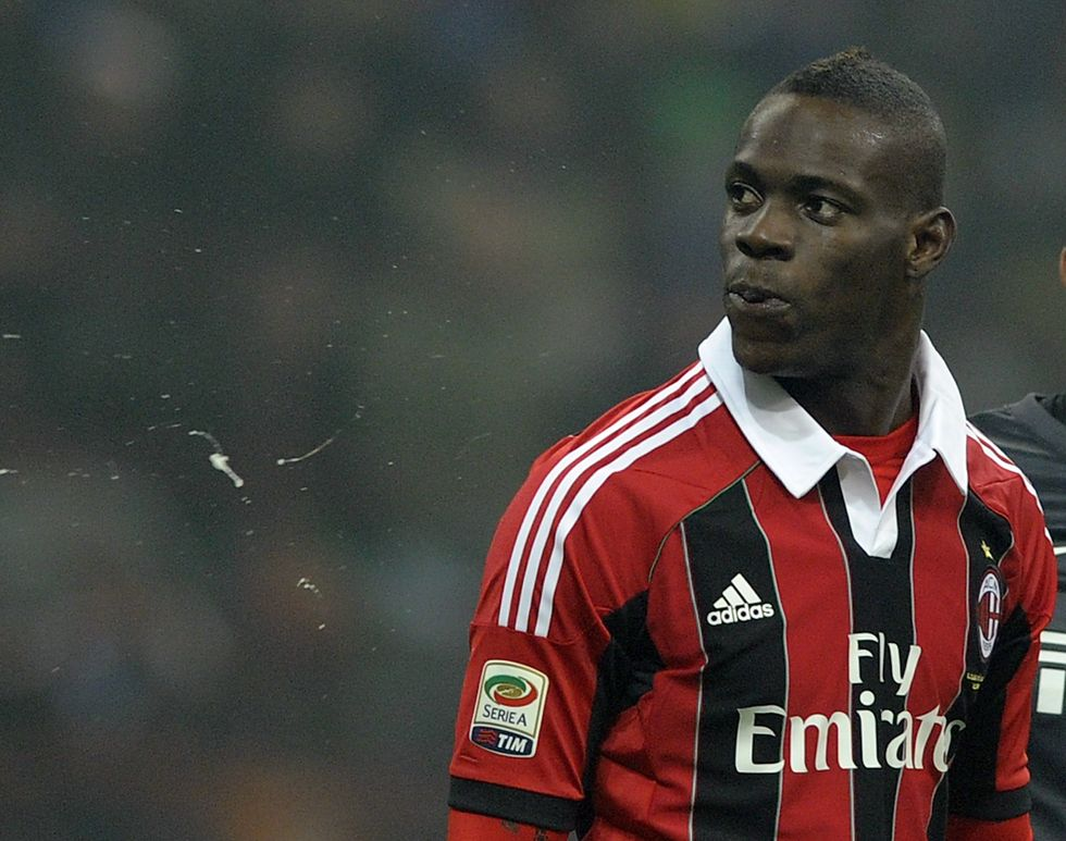 Il derby dei veleni: multe per Balo e per l'Inter