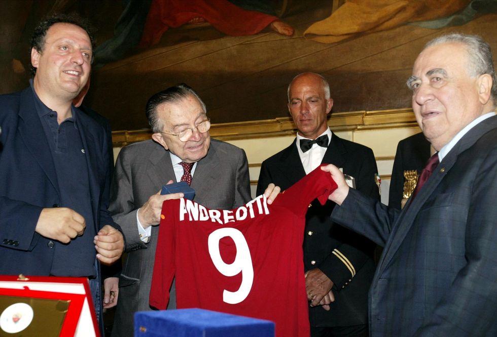Andreotti e lo sport (al potere)