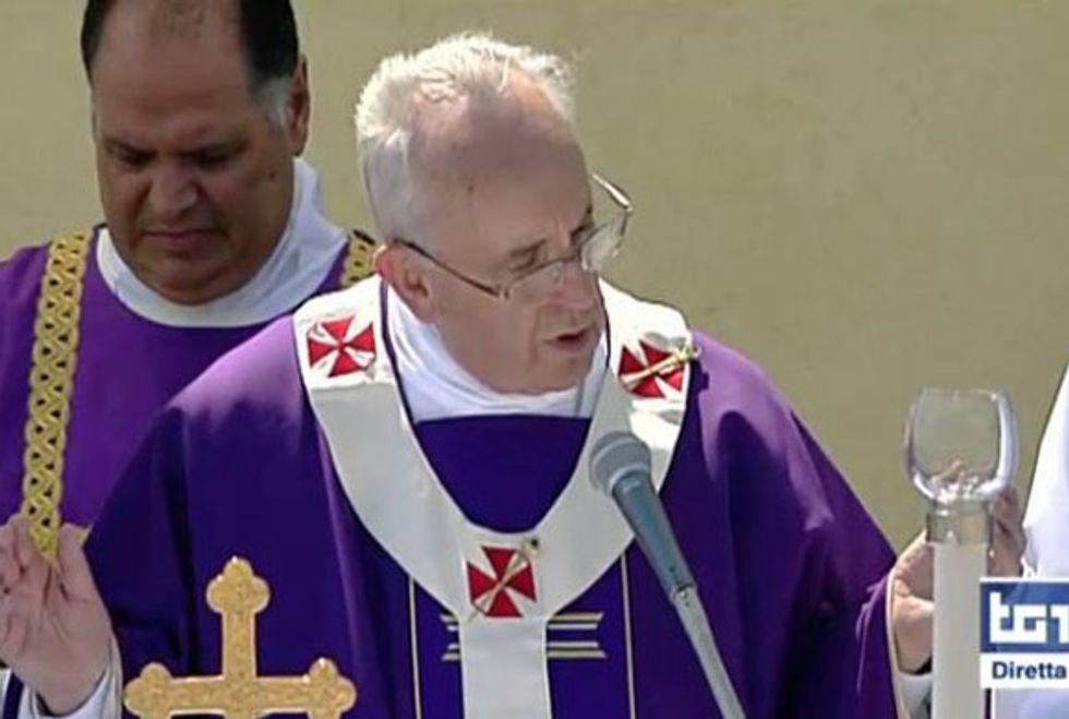 Ascolti 08/07: Montalbano e il Papa fanno il pieno