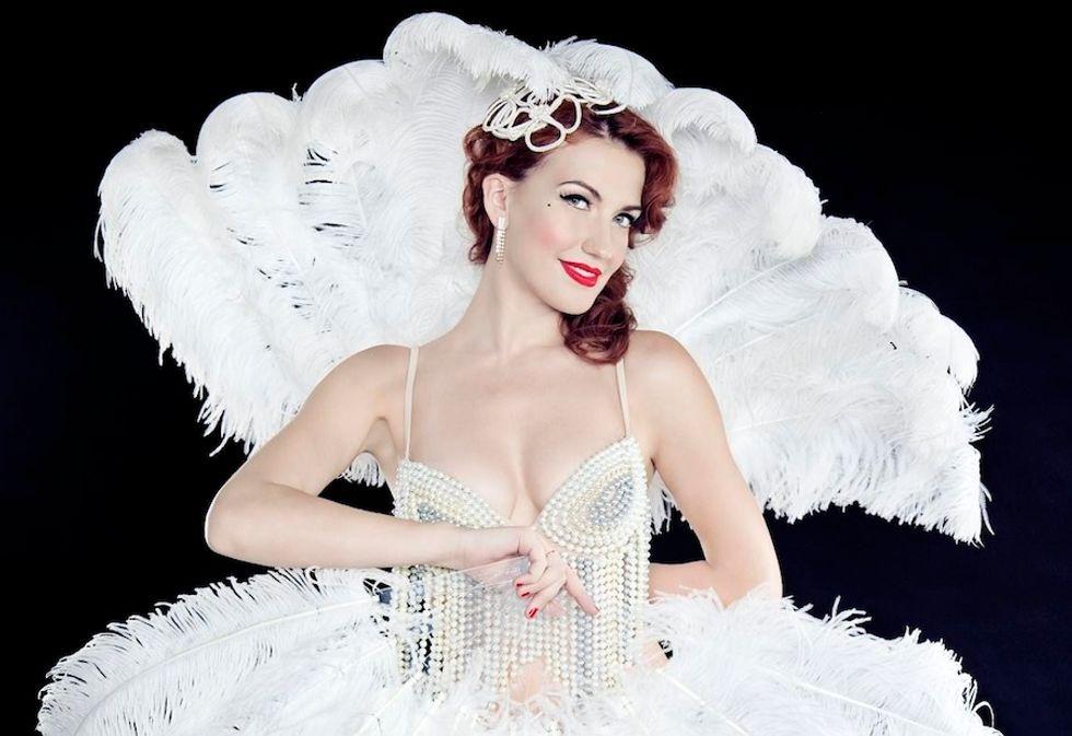 """Giulia Di Quilio: """"Vi svelo tutti i segreti del burlesque"""""""