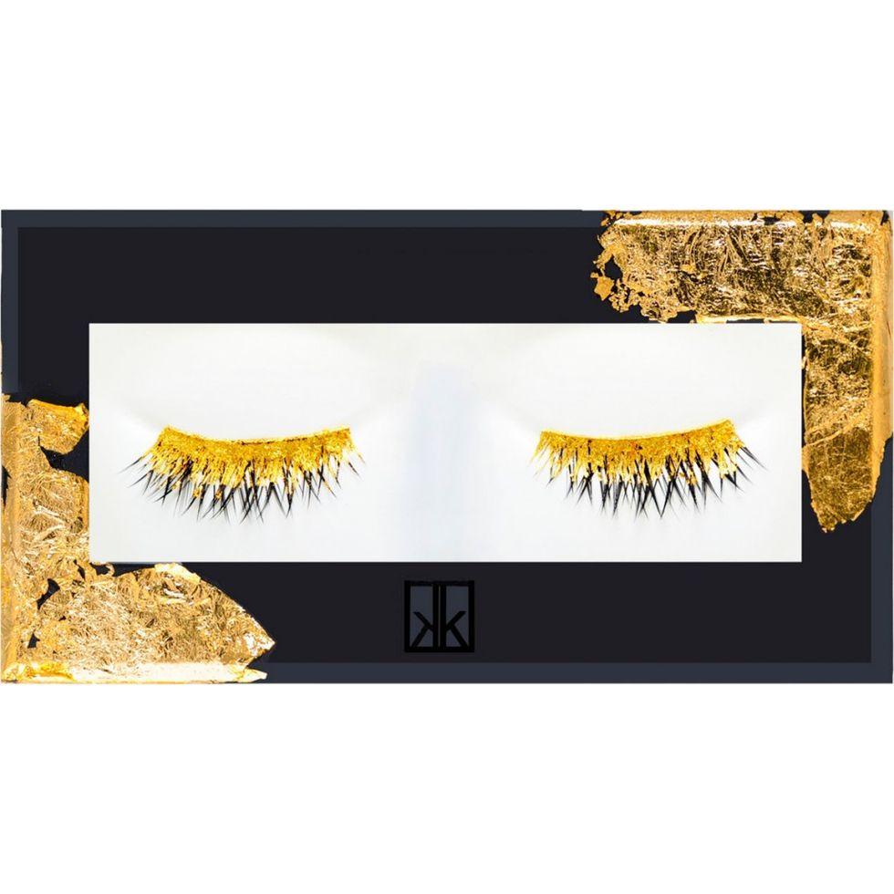 Ciglia d'oro, uno sguardo da 24 carati