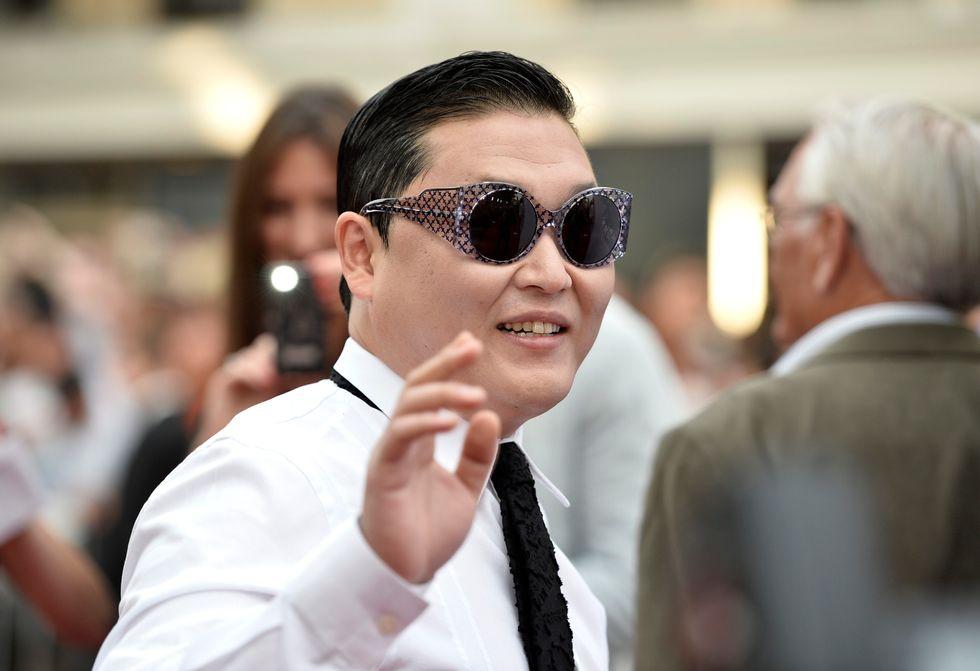 """Psy rivela: """"Sono dipendente dall'alcool"""""""