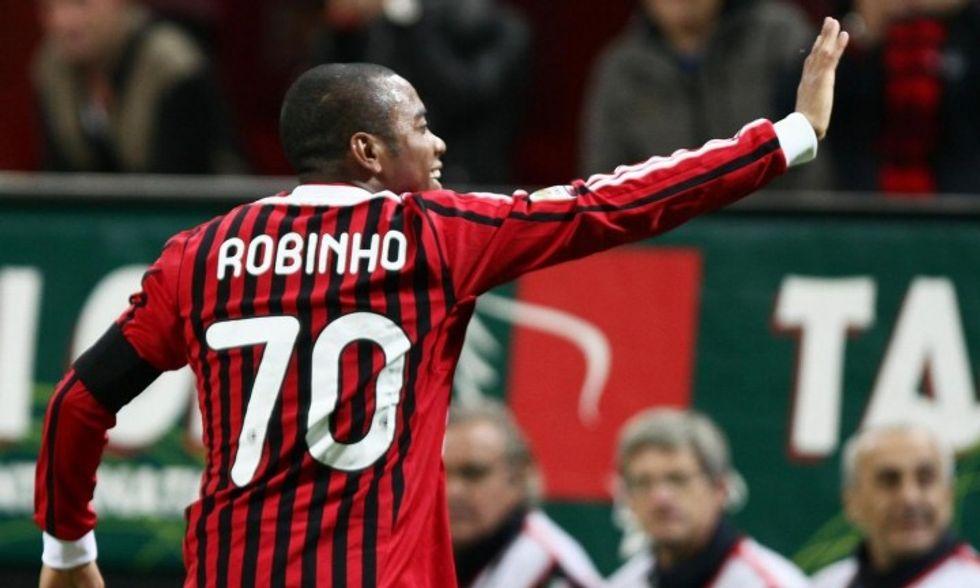 Ciao Milan, Robinho a un passo dal Santos