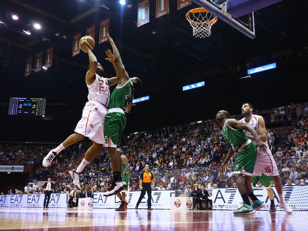 Basket, serie A: un calendario bizzarro