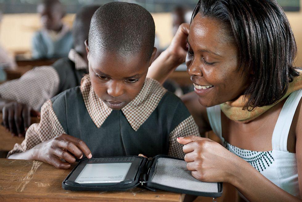 Africa, un e-book per ogni bambino: è la nuova rivoluzione economica e culturale