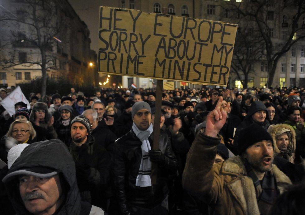 Ungheria in crisi: riforme in cambio di 15 miliardi