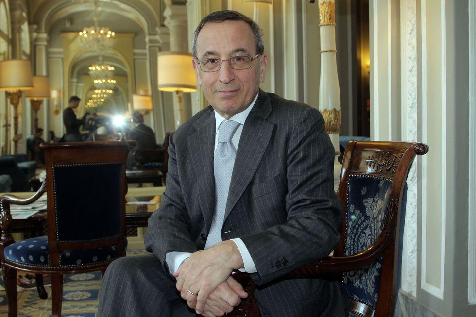 "Giacomo Vaciago: ""i rating non servono. Fosse per me, le agenzie avrebbero già chiuso i battenti""."