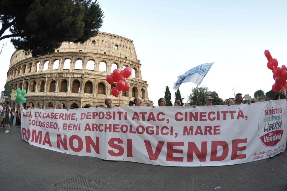 Roma piegata dalla crisi