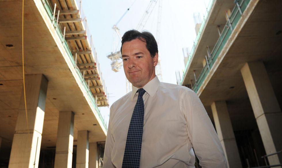 Inghilterra: ora Cameron deve fare i conti con la recessione