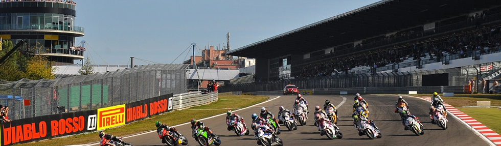 La Superbike riparte dal Nürburgring