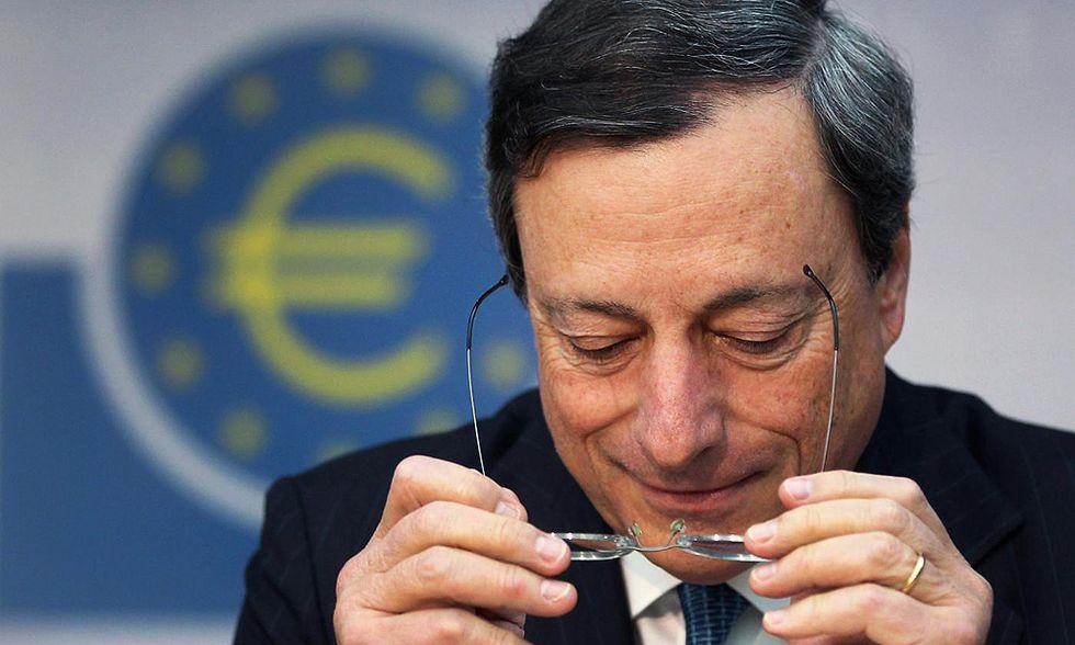 Crisi: troppe le aspettative per la riunione Bce. Ecco cosa farà Draghi