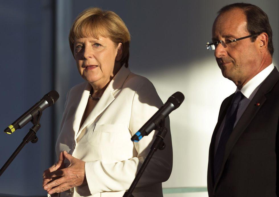 Lavoro: la ricetta di Hollande per i giovani e il modello tedesco