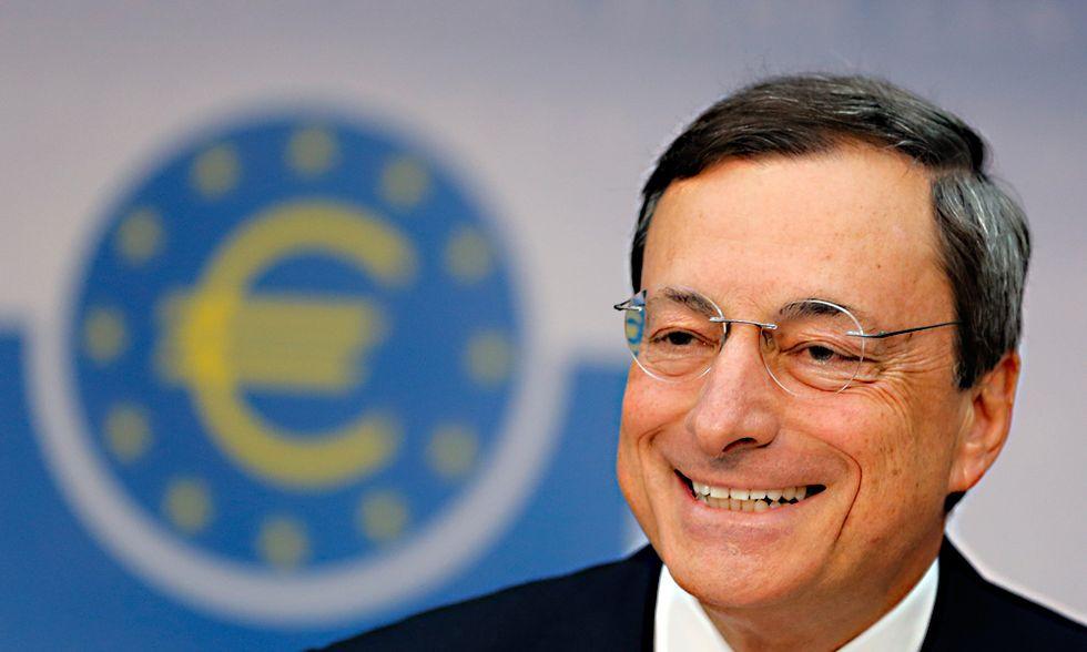 Draghi e la Bce non deludono, ma la crisi non finisce così