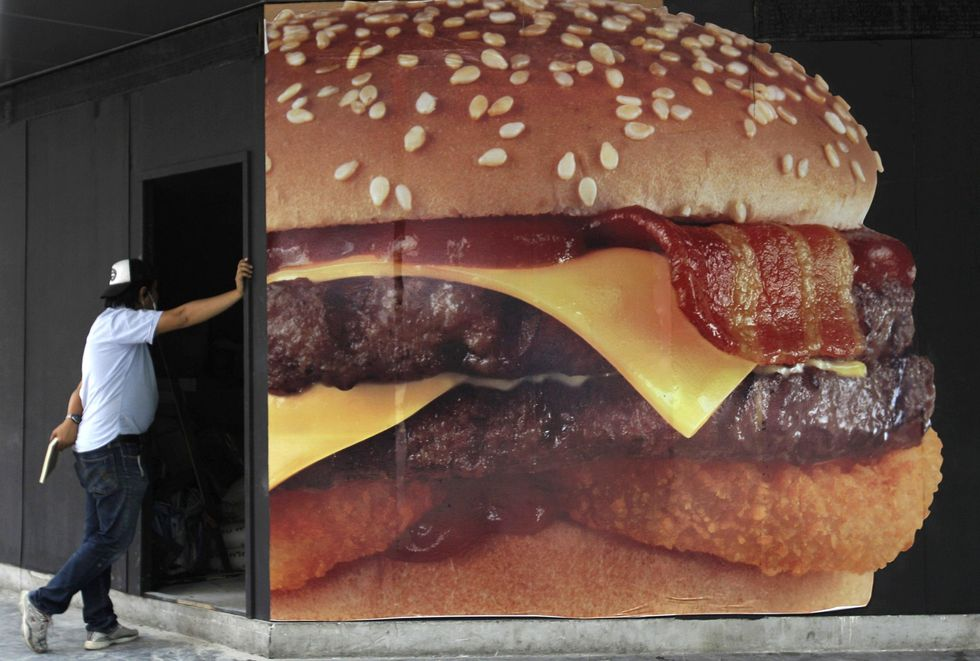 Da McDonald's a Philips passando per Burberry: le notizie per il weekend