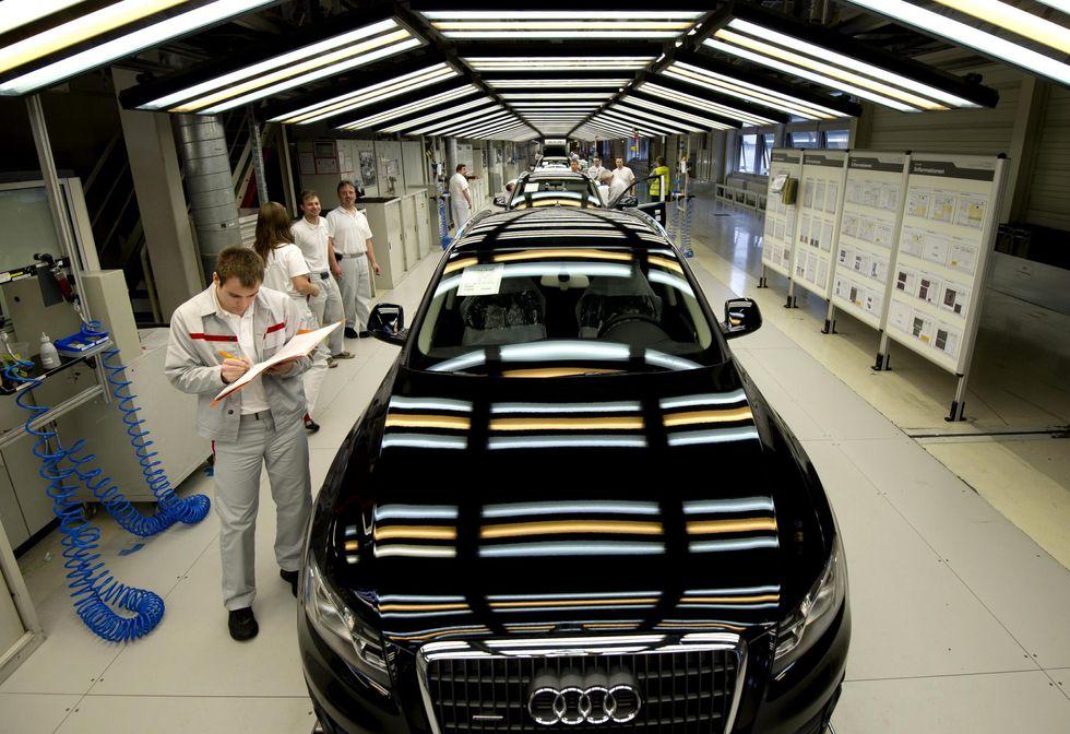 Audi vola, la Fiat arranca e la Cina fa la differenza