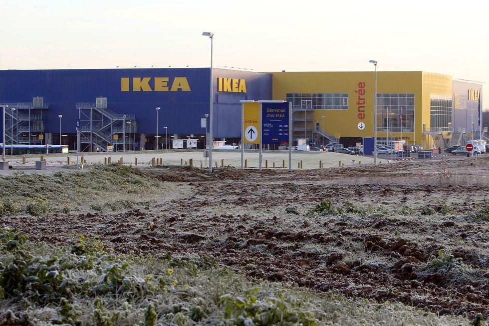 Ikea, da Piacenza a Londra il piano di tagli e crescita