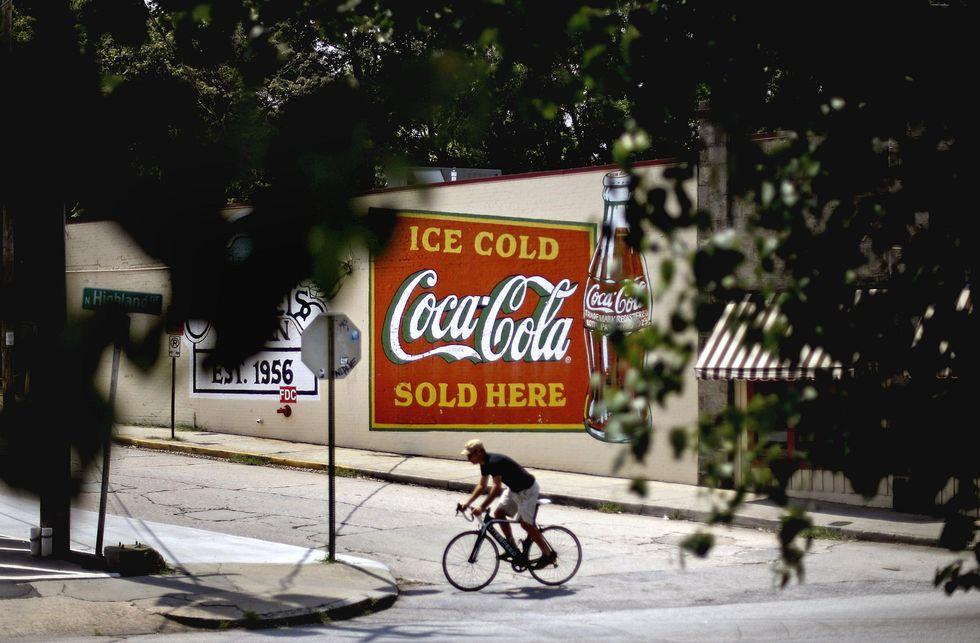 Coca-Cola, la bibita ora racconta storie