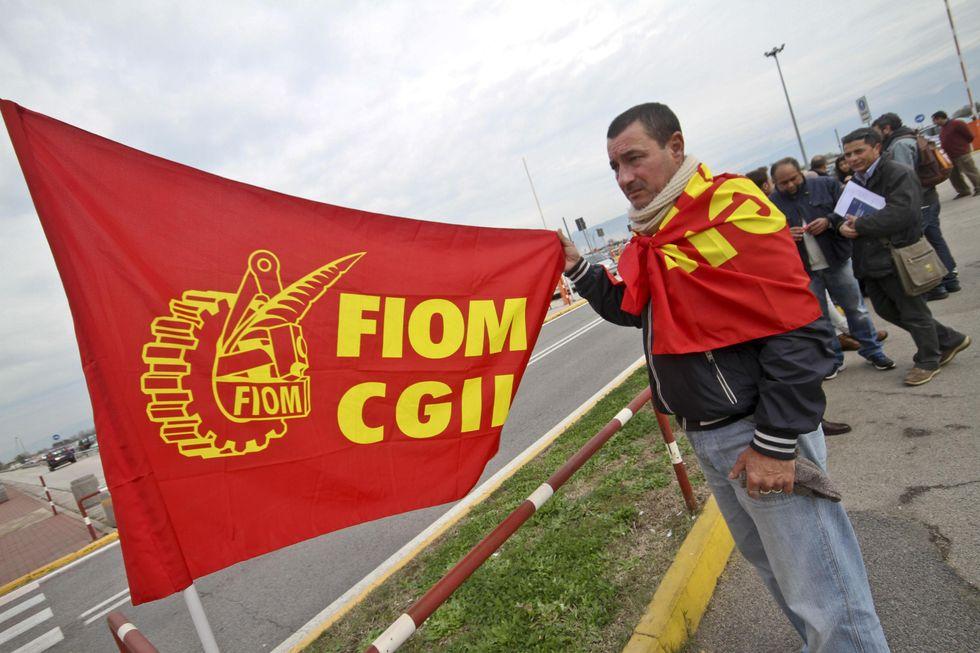 Pomigliano, la Fiom porta di nuovo la Fiat in tribunale