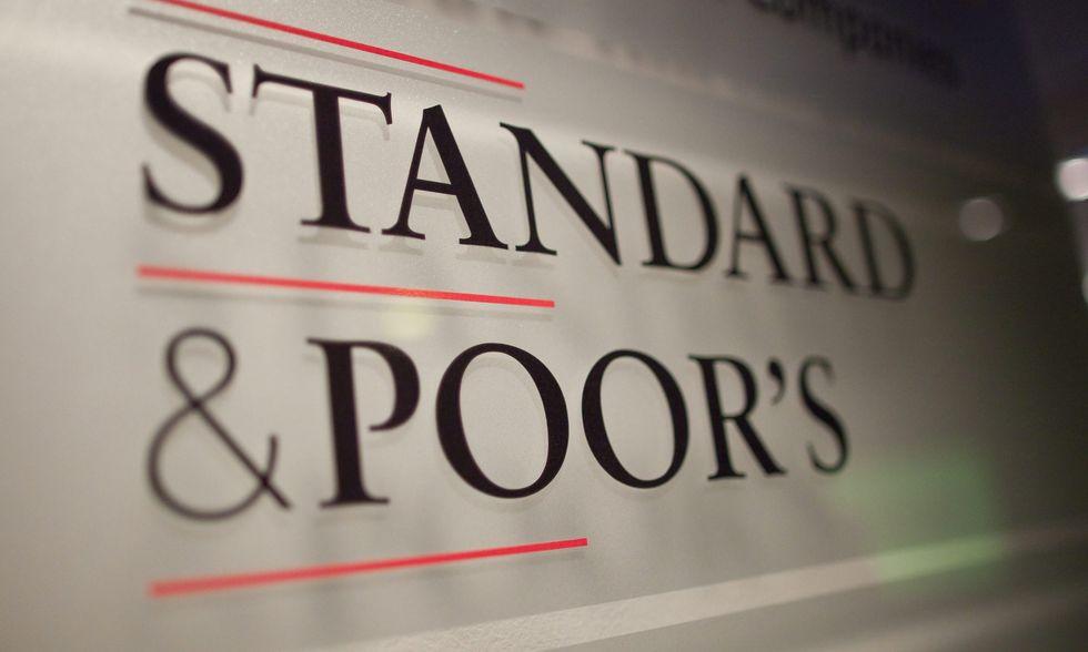 """Standard & Poor's: """"Italia fuori dalla recessione"""""""