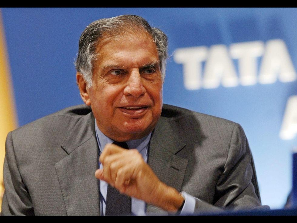 Tata, le auto a poco prezzo passano di mano
