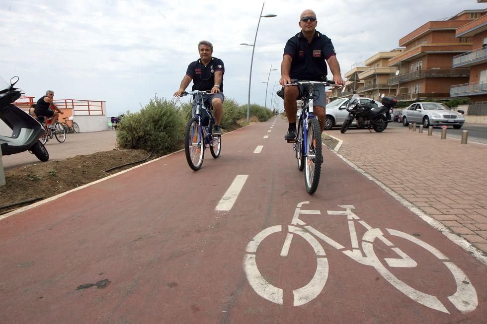 Salva i ciclisti: in un libro, il racconto della campagna di sensibilizzazione per chi va sulle due ruote