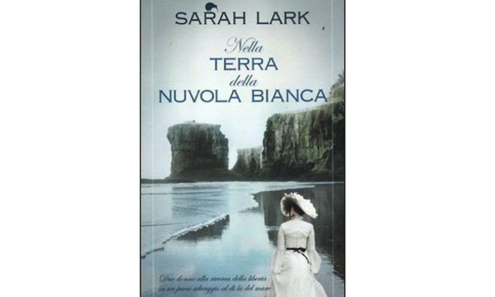 """""""Nella terra della nuvola bianca"""" di Sarah Lark"""